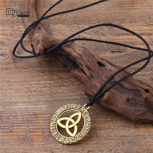 GUNGNEER Irish Viking Celtic Knot Triquetra Pendant Necklace Stainless Steel Jewelry Accessory