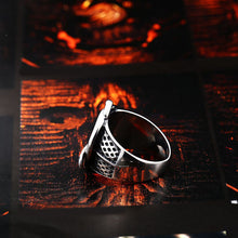 Load image into Gallery viewer, GUNGNEER Stainless Steel Celtic Knot Signet Ring Scandinavn Jewelry Accessories for Men Women