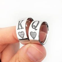 Load image into Gallery viewer, GUNGNEER Stainless Steel Round Classic Cool K Q King Queen Heart Poker Ring Jewelry Men Women