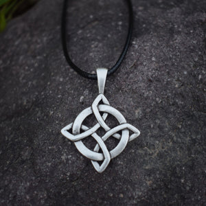 GUNGNEER Celtic Irish Trinity Knot Hair Pin Brooch Infinity Pendant Necklace Jewelry Set