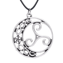 Load image into Gallery viewer, GUNGNEER Triskele Triskelion Celtic Trinity Charm Pendant Necklace Stainless Steel Jewelry
