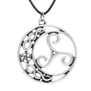 GUNGNEER Triskele Triskelion Celtic Trinity Charm Pendant Necklace Stainless Steel Jewelry