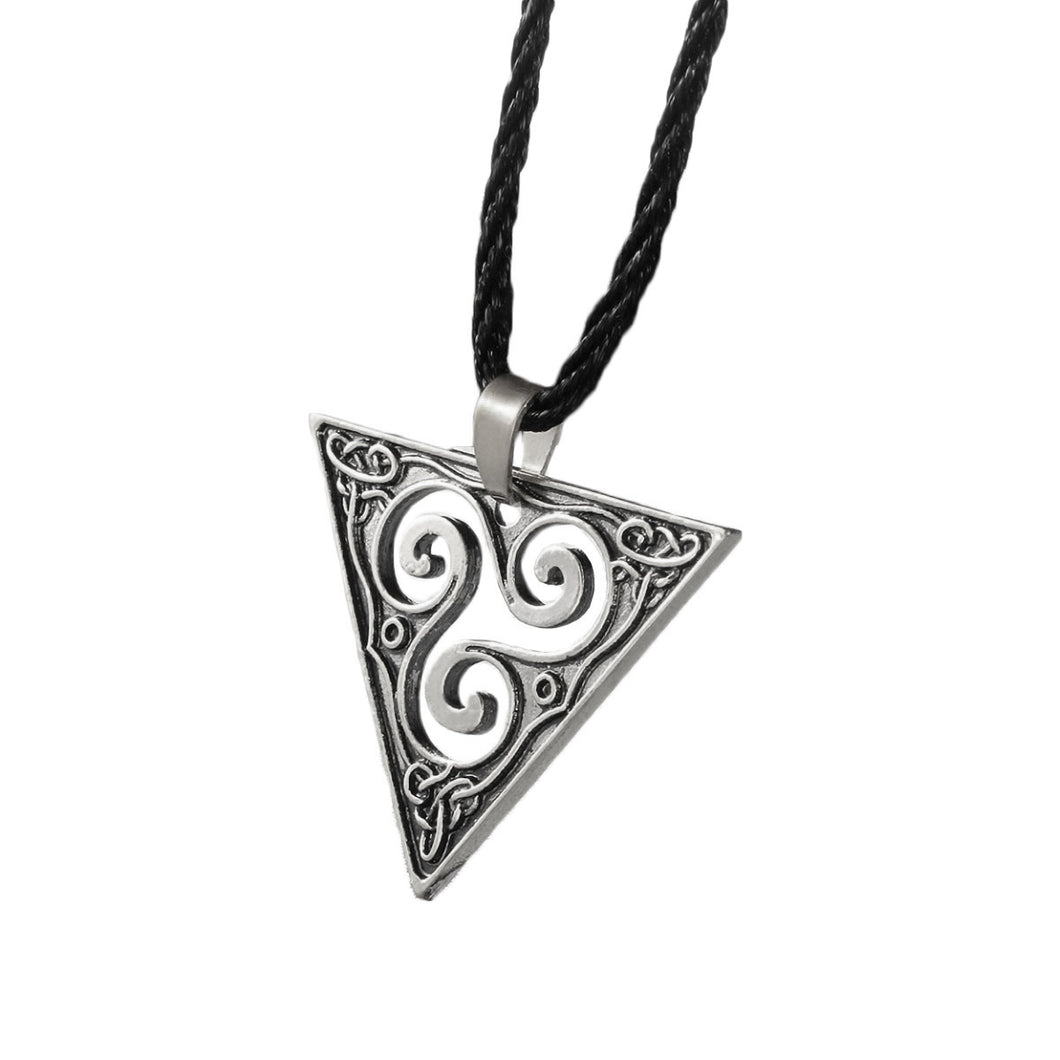 GUNGNEER Celtic Triskele Trinity Geometric Pendant Necklace Stainless Steel Braided Chain
