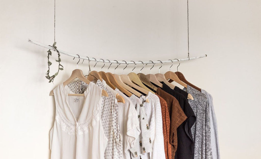 HOW TO ACHIEVE A SUSTAINABLE WARDROBE