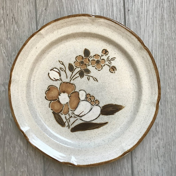 Baroque stoneware dinner plate
