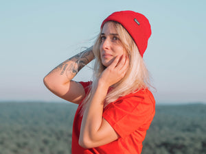 Bonnet Minimalist Red - Exoed Clothing