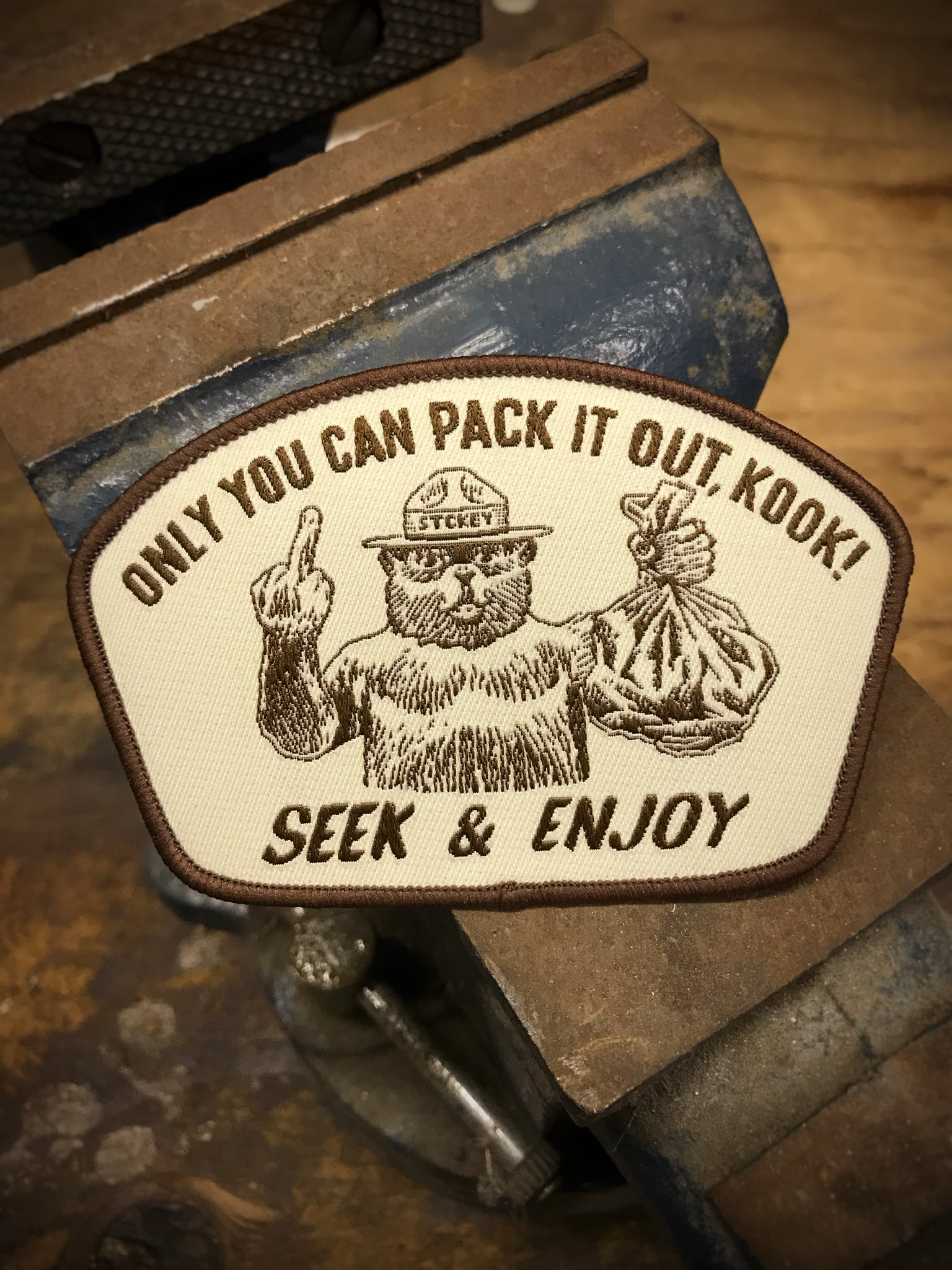 PACK IT KOOK VELCRO PATCH | BROWN