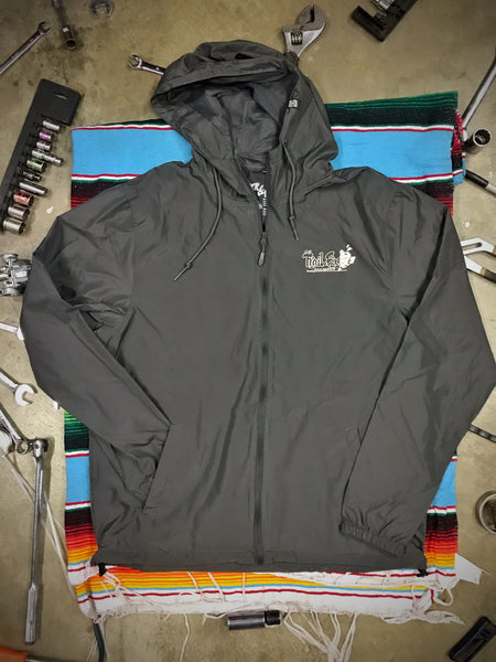 TRAIL FIX WINDBREAKER | CHARCOAL