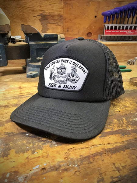 PACK IT OUT TRUCKER | BLACK