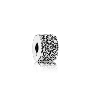 PANDORA Layers of Lace Clip 791758 - Giorgio Conti Jewelers