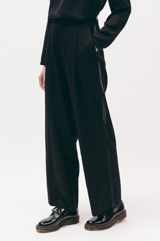 Pleated Tuxedo Trouser - Black