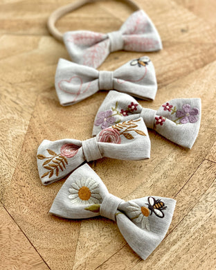 Baby girl bows