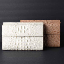 Load image into Gallery viewer, Alligator Embossed Leather Clutch