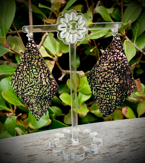Dragon Scales Solitaire Leather Earrings- 3