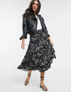Ex Warehouse Daisy Print Belted Midi Skirt