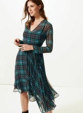Ex Marks And Spencer Holly Willoughby Green Checked Fit & Flare Midi Dress