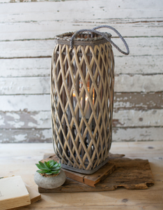 Willow Lantern in Gray Wash