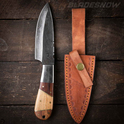 Damascus Steel Hunting Knife Wood Handle Full Tang Leather Sheath