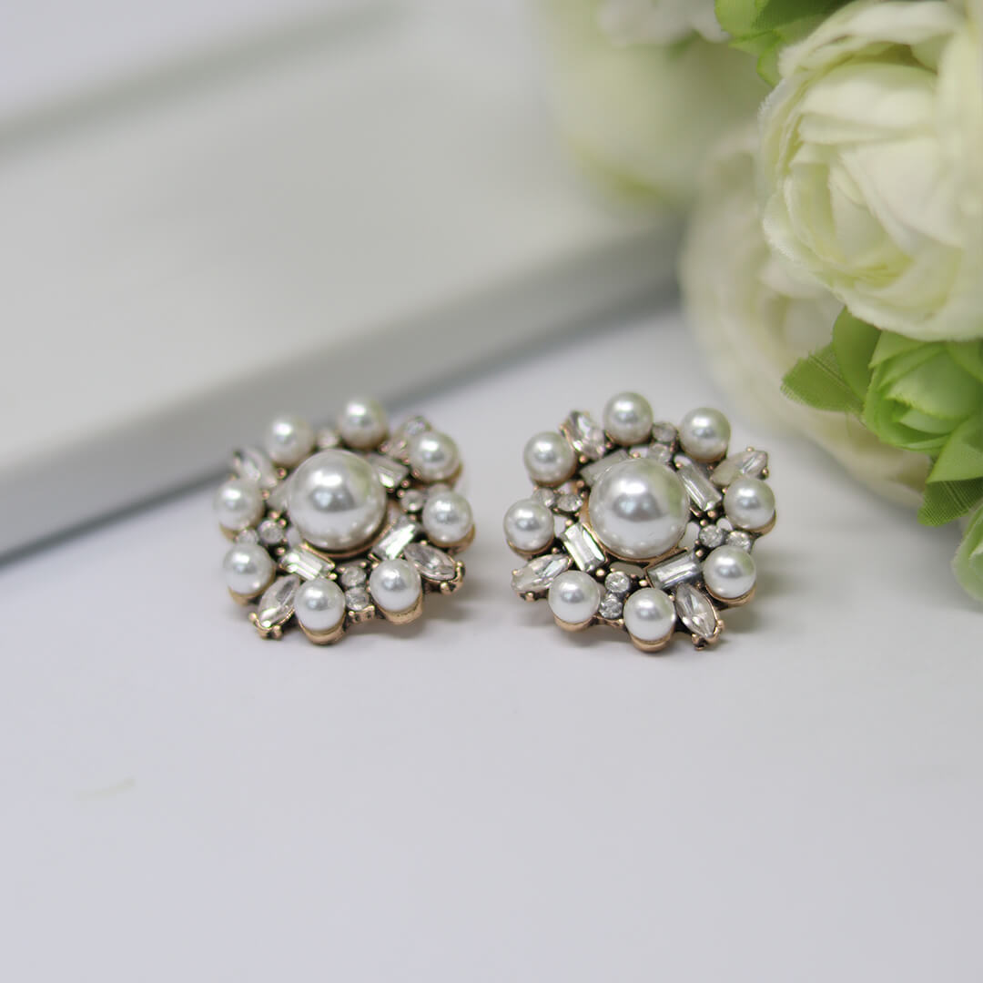 White Pearl Stud Earrings Agatha