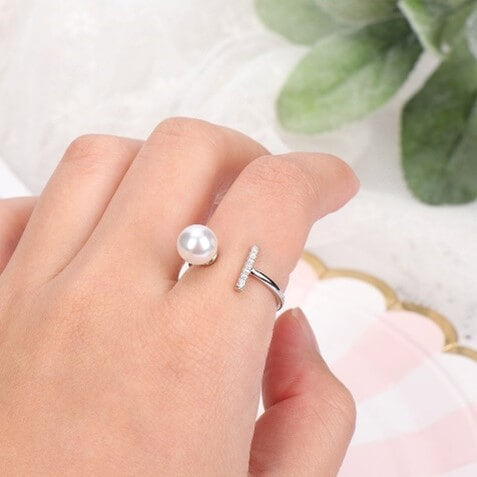 Bar and Silver Pearl Ring