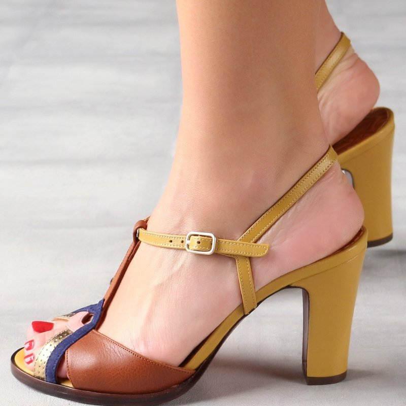 Summer Chunky Heel T-Strap Sandals