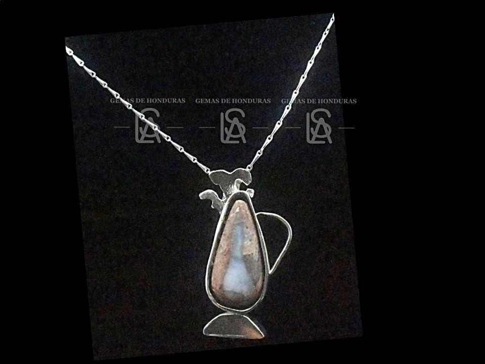 Idea birth site pendant with natural opal