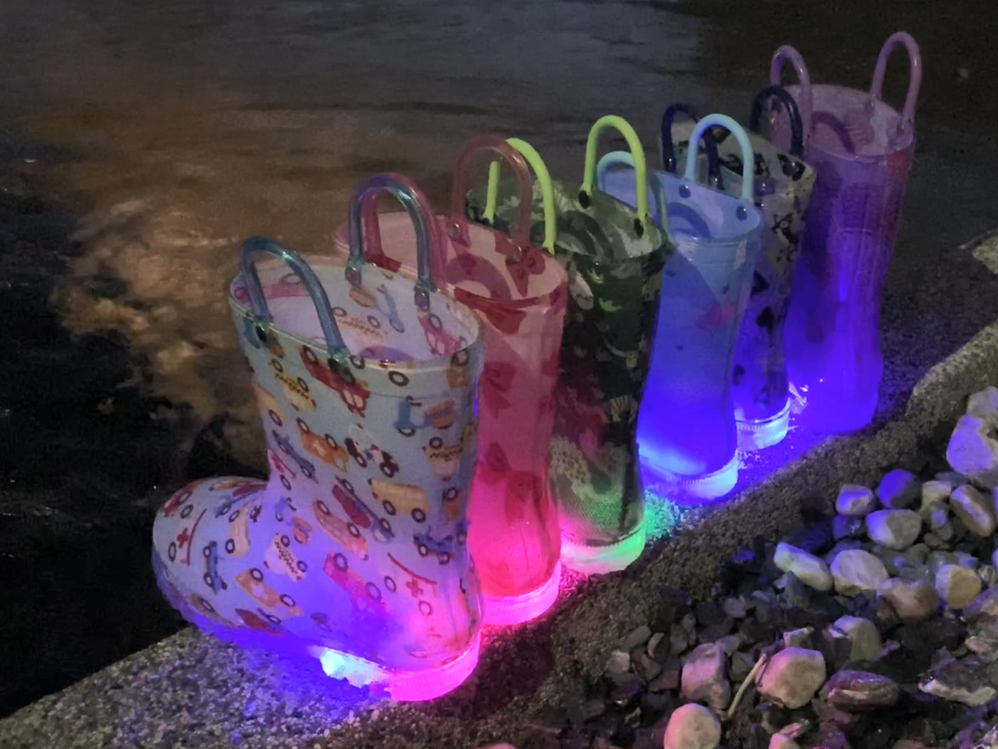 Outee Toddler Girls Adorable Printed Light Up Rain Boots - Black Heart