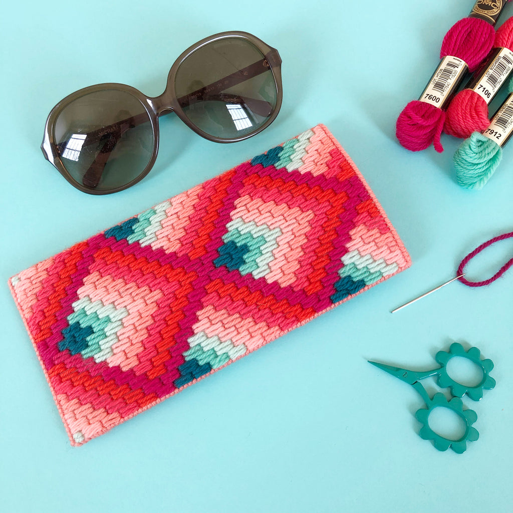 BUST Sunglasses Case Supply Bundle