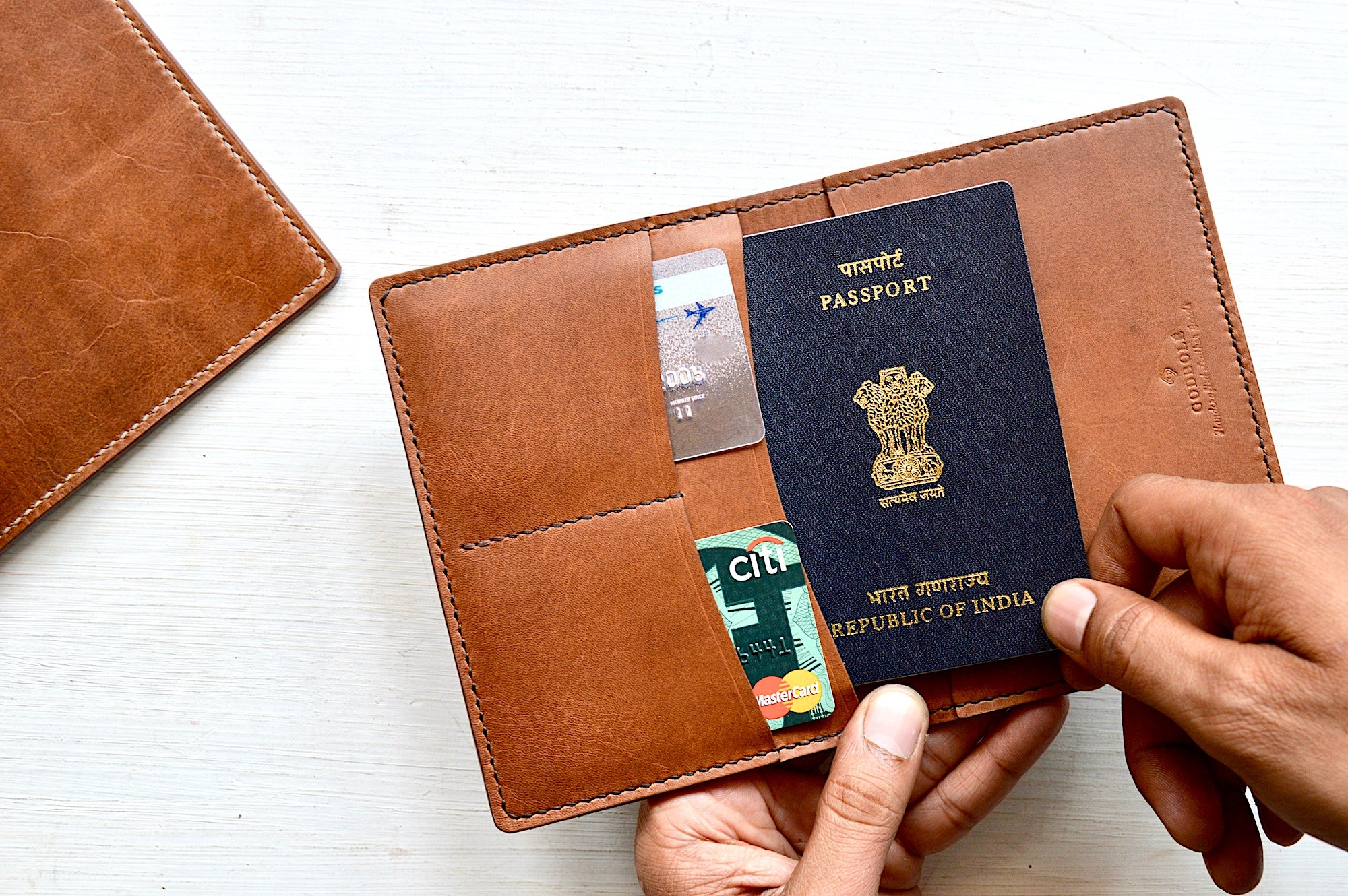 Passport Wallet (Croc)