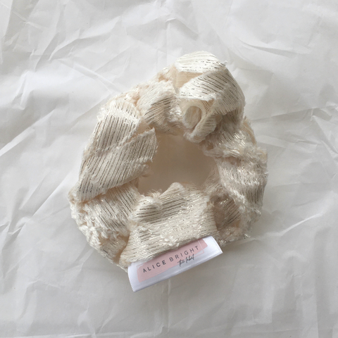 Scrunchie - Ivory Lace