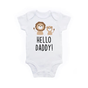 52088d35e Hello Daddy Pregnancy Announcement To Dad Baby Bodysuit - Lion