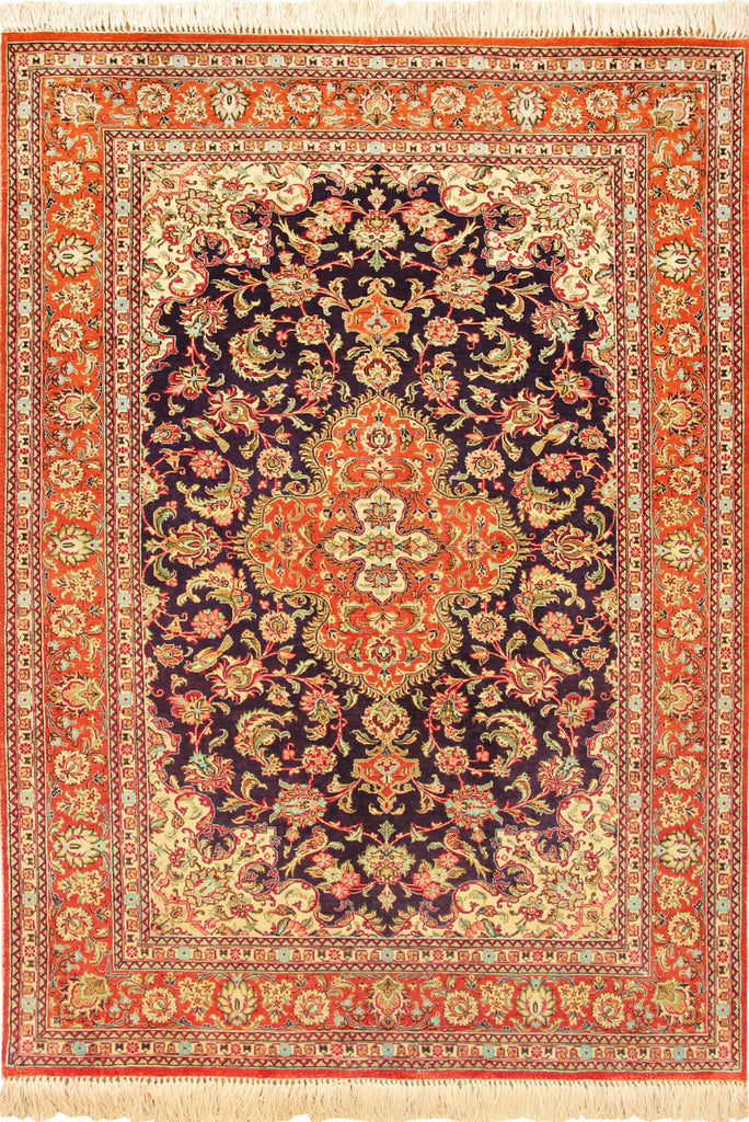 Kum Hand Knotted Medallion Silk Rug - 153x100