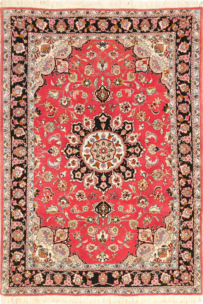 Tabriz Medallion Hand Knotted Wool Rug 148x108cm