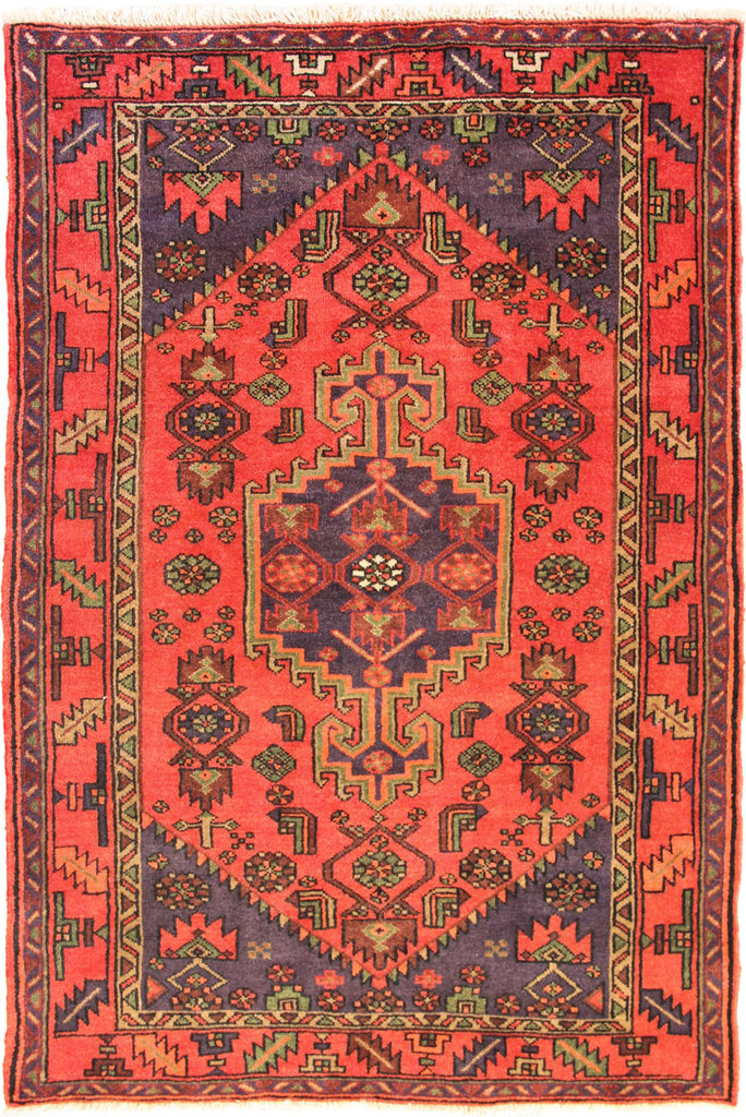 Hamedan - Persian Hand Knotted 100% Wool Rug - 193x130 cms