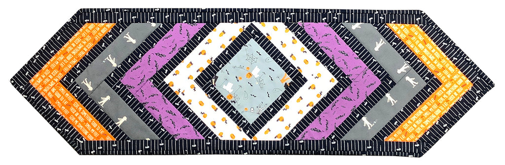 Crossroads - Ghouls Goodies Tablerunner Kit