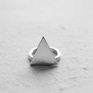 TRIANGLE II  RING | HUMANS