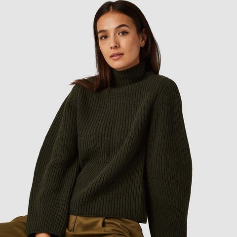 Hisa Turtleneck