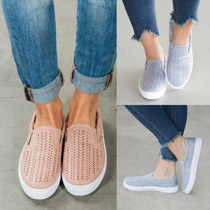 Big Size Hollowed Out Slip On Flat Canvas Shoes