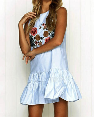 Round Neck Embroidered Loose Sleeveless Ruffled Dress