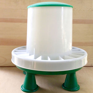 Green Feeder with detachable legs - 2 sizes - holds 6lbs and 13lbs