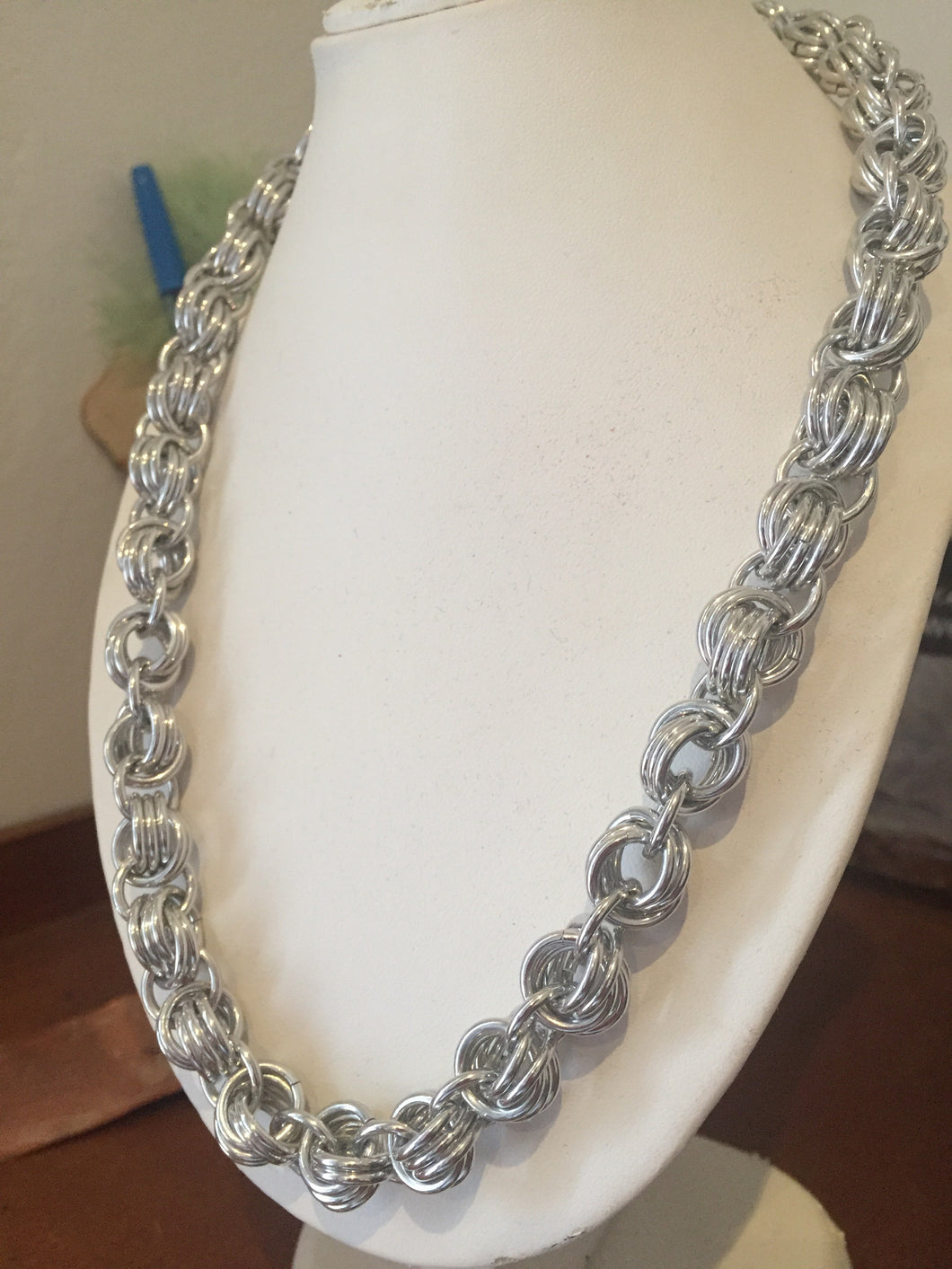 Aluminium knot necklace