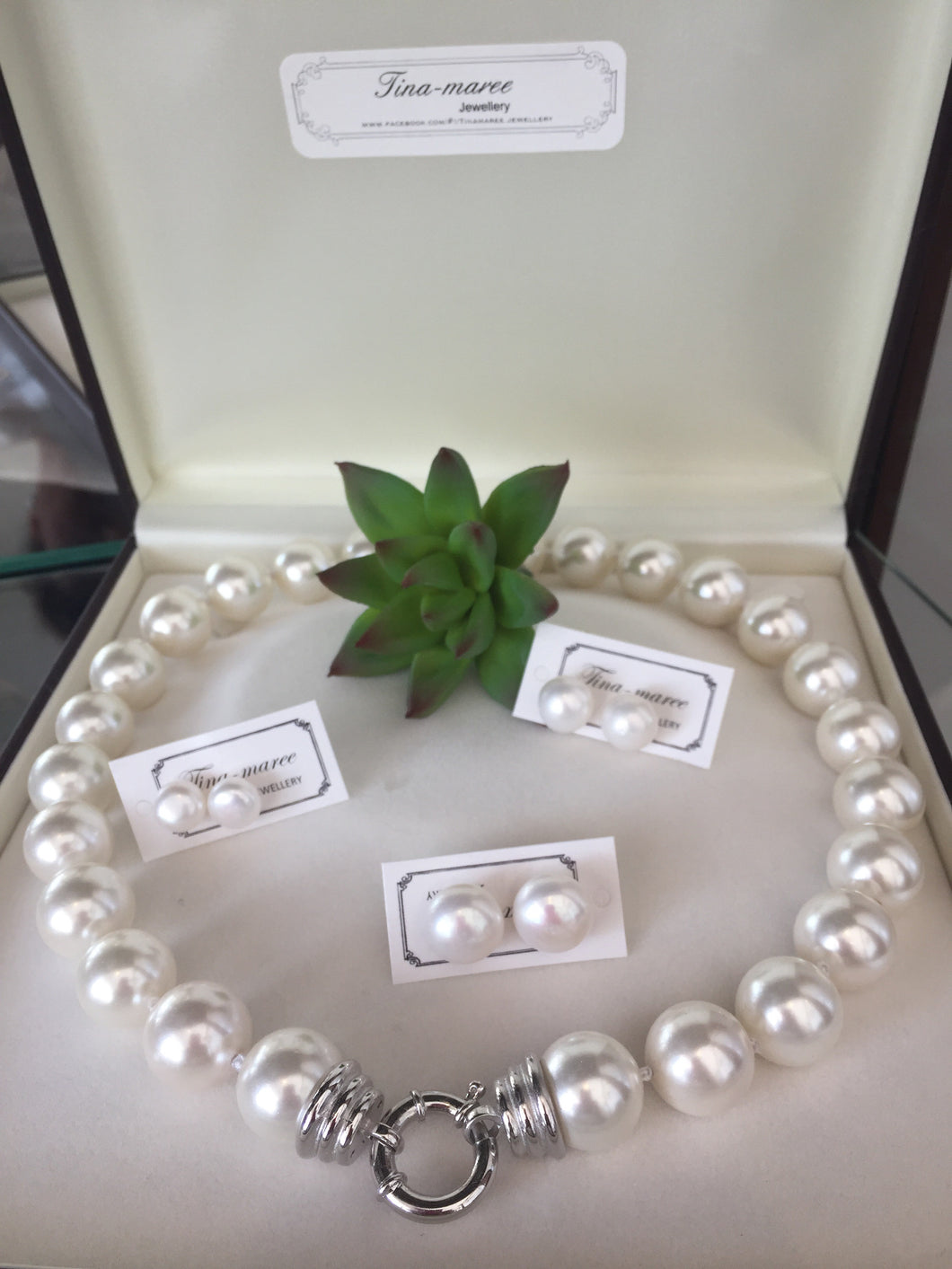 Pearl necklace 48cm