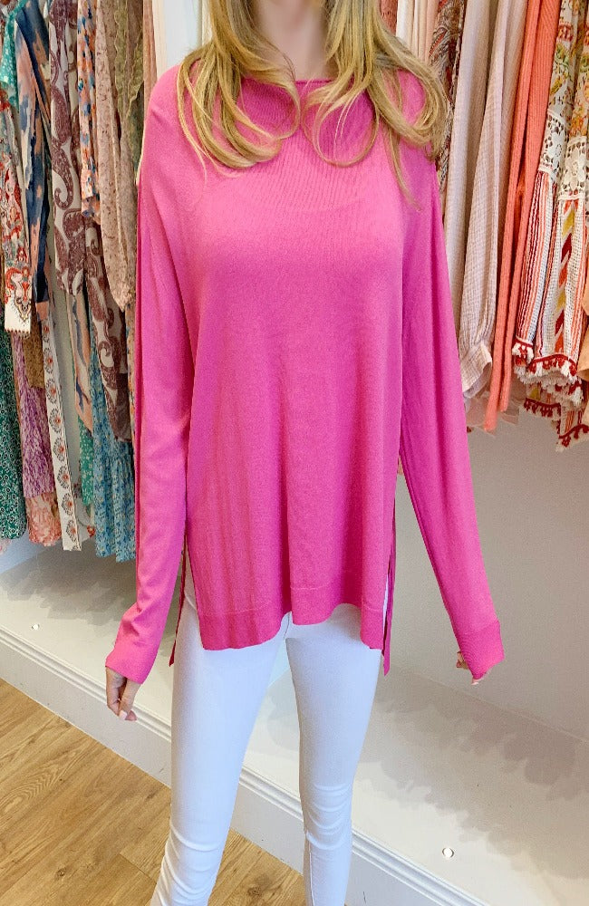 Erika Basic Lightweight Knit in Magenta