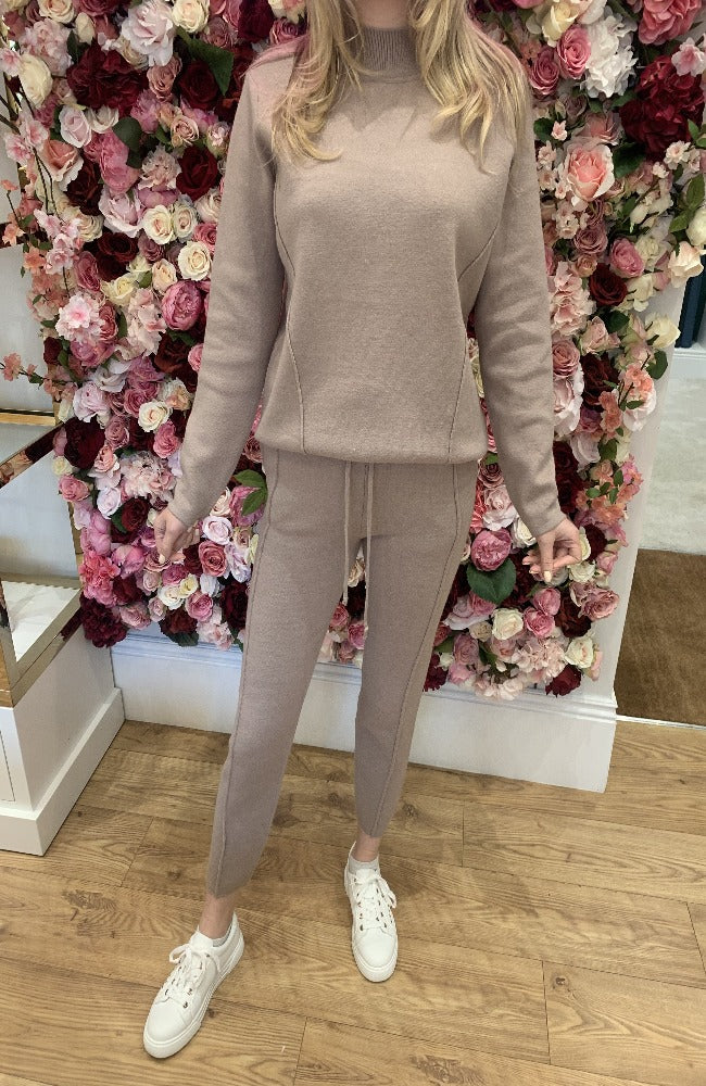 Exquiss Latte Polo Neck Lounge Set