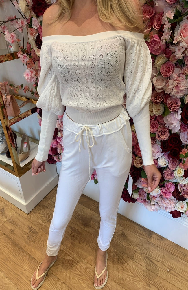 White Lightweight Cropped Knit with Puff Sleeves