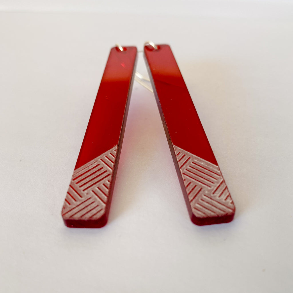 Earrings Red, Taki tahi long