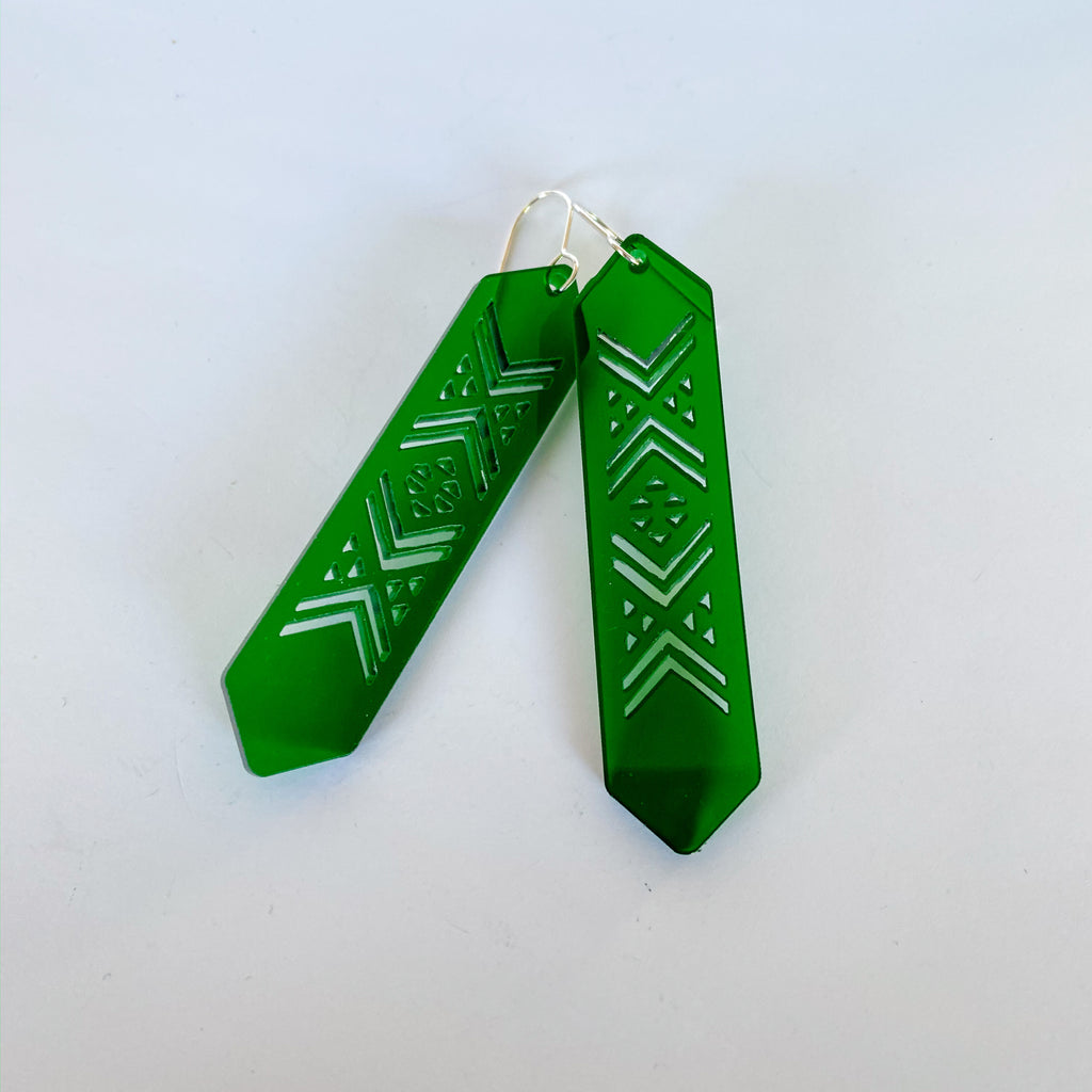 Earrings Green, Tāniko