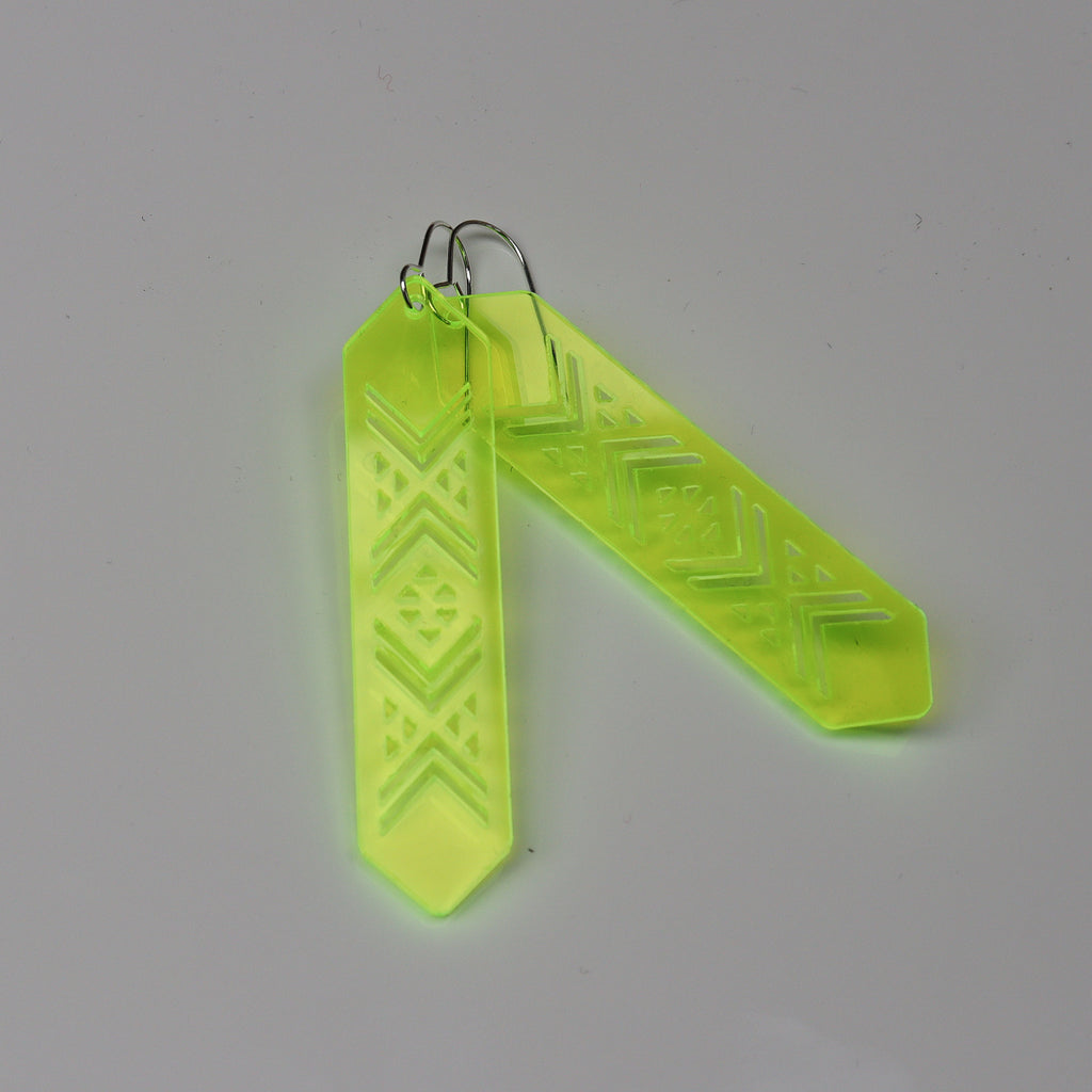 Earrings NEON Yellow, Tāniko