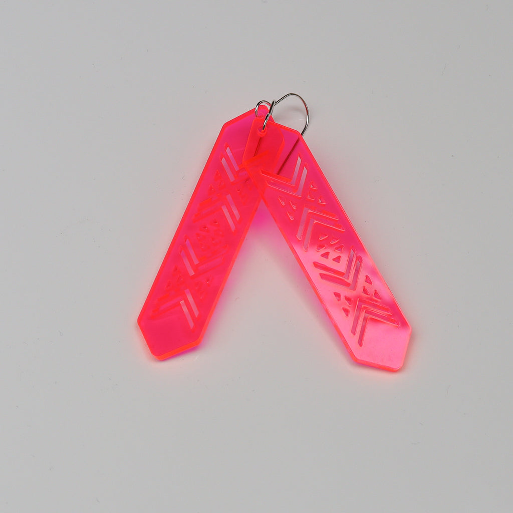 Earrings NEON pink, Tāniko
