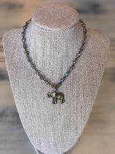 Ali necklace with elephant pendant